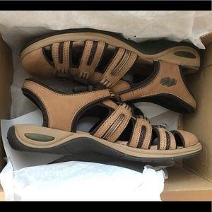 never worn, brand new dr. scholls tan sandals